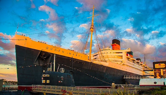 A Day on Queen Mary - EazyNazy