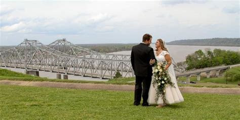Hotel Vue & The Pilot House Weddings   Get Prices for