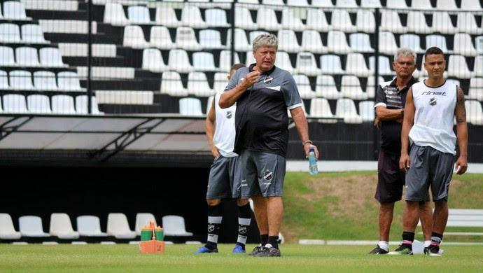 ABC - Geninho, técnico (Foto: Andrei Torres/ABC FC/Divulgação)