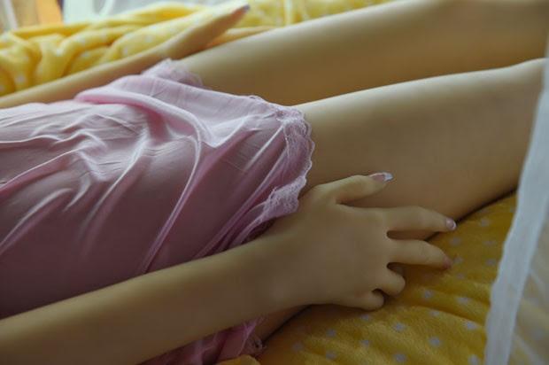 É cada vez maior o número de chineses que usam 'bonecas sexuais' para satisfazer os seus desejos sexuais  (Foto: Greg Baker/AFP)