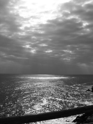 Qui dove il mare luccica...e tira forte il vento... by via_parata