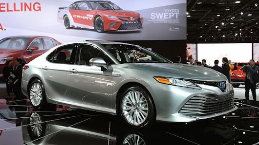 2018 Toyota Camry Hybrid: Detroit 2017 Photo Gallery - Autoblog