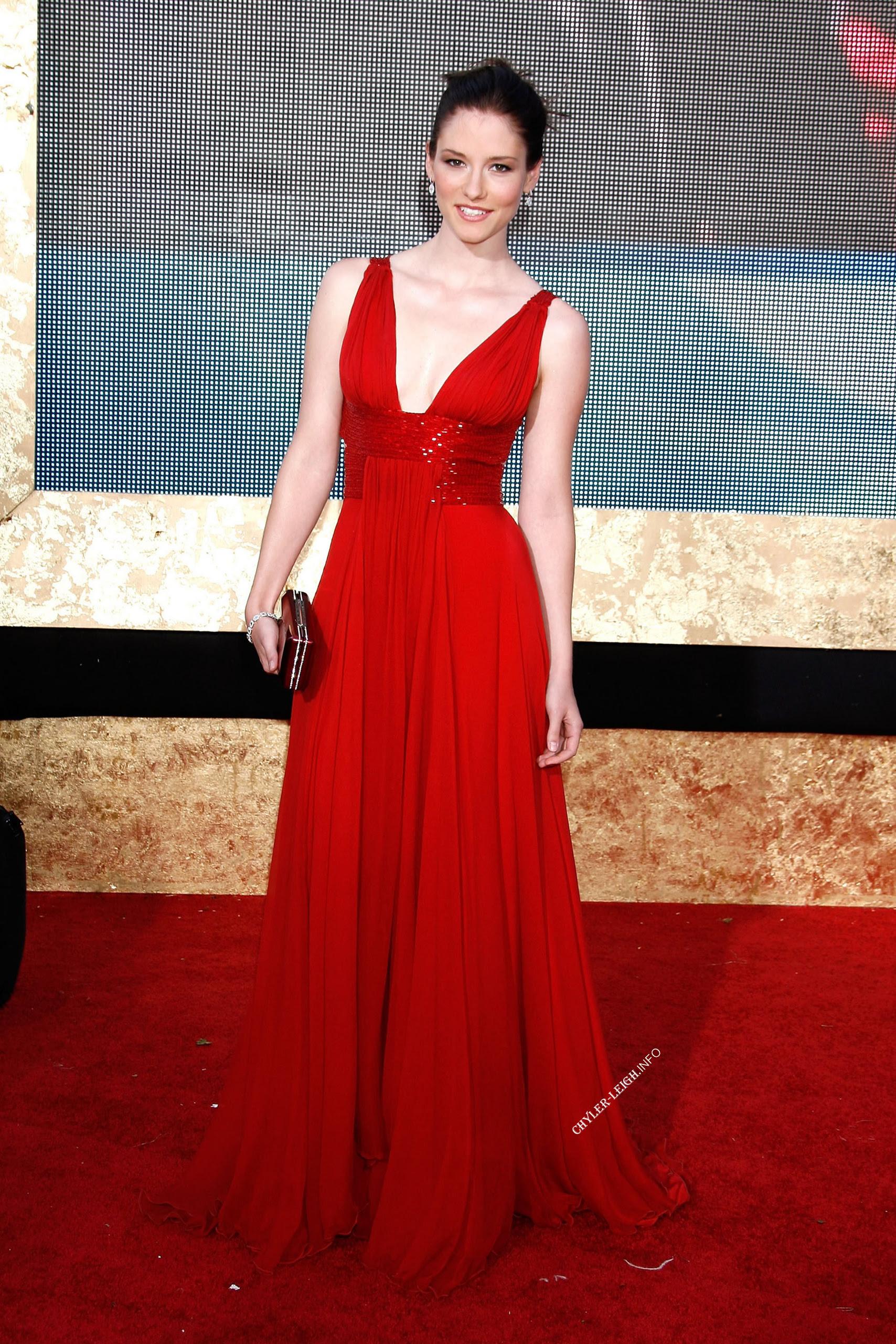 red dress  chyler leigh photo 3378182  fanpop