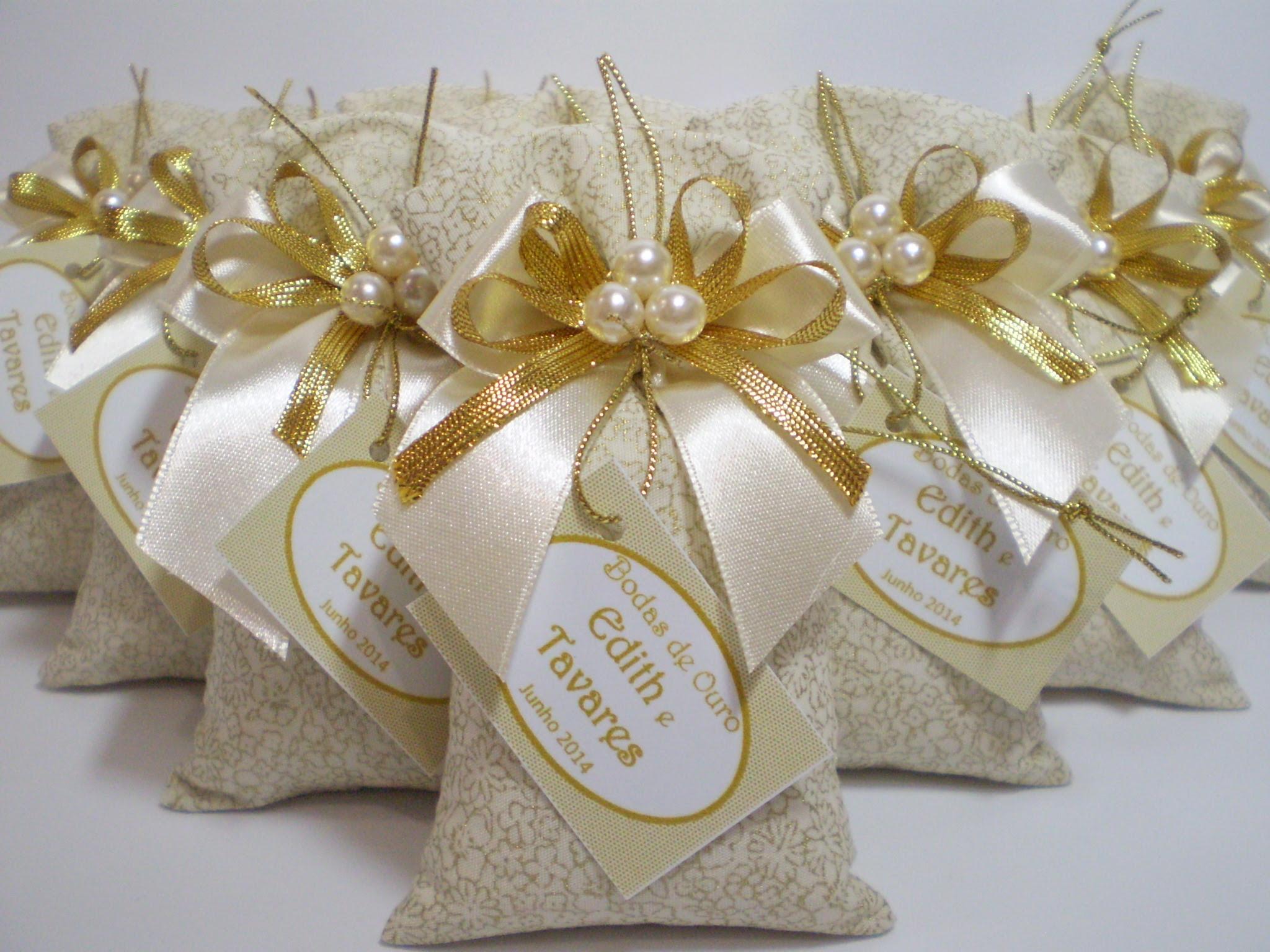 Design Of Lembrancinhas Bodas de Ouro Sachê e preço