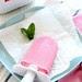 Ghiaccioli al succo di lamponi, latte e menta