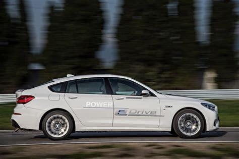 bmw  electric sedan rumored  follow   crossover