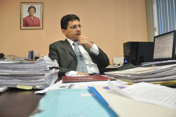Secretário Anselmo Carvalho destaca necessidade de adaptação aos limites das receitas
