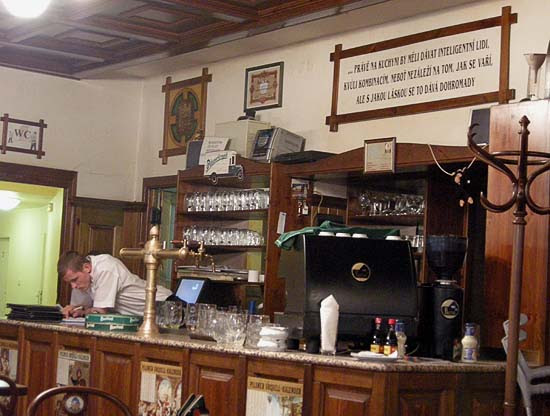 Brno, Restaurant Švejk, counter with Hašek's quotation