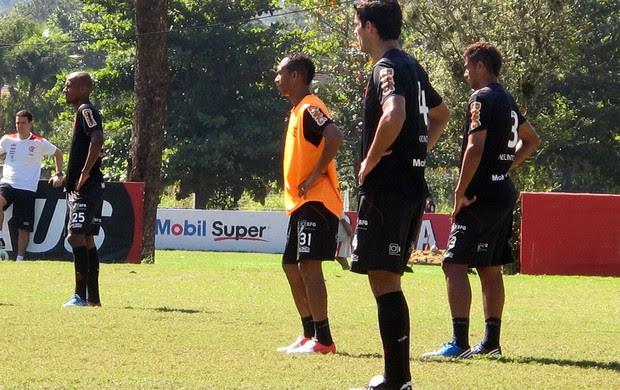 liedson Flamengo treino (Foto: Richard Souza / Globoesporte.com)