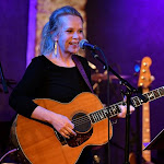 All Of Mary Chapin Carpenter's Albums, Ranked - The Boot