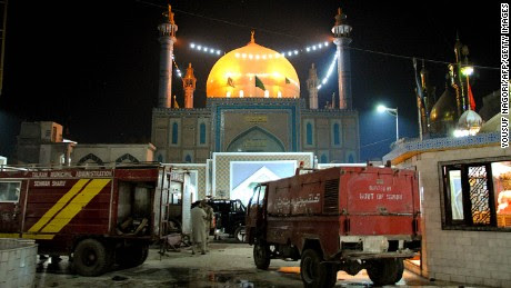Pakistan shrine attack death toll up to 88