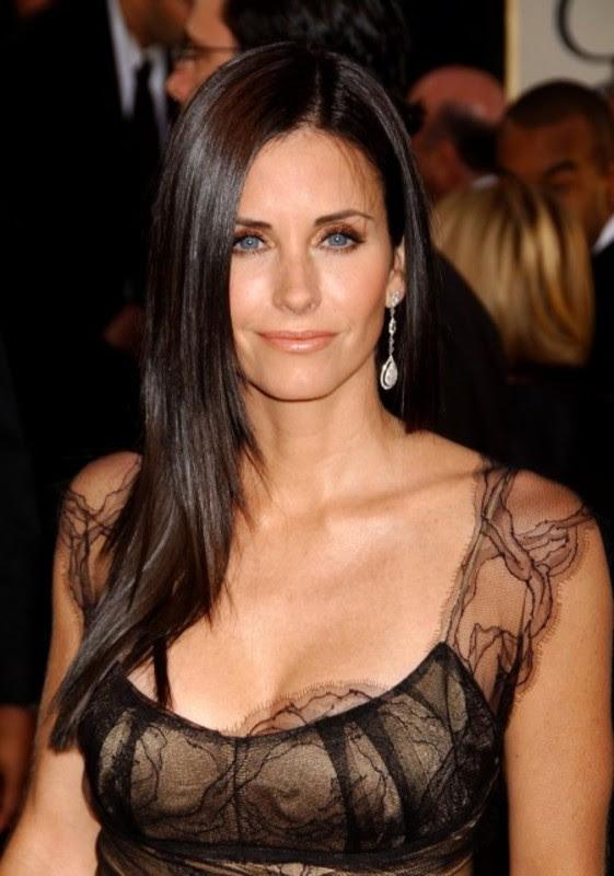 TOP 20 Mulheres lindas e famosas com mais de 50 Anos!