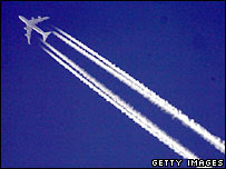Aeroplane with contrails. Image: Getty