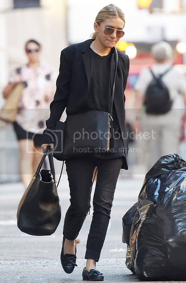 Olsens Anonymous Ashley Classic Black Look In New York City