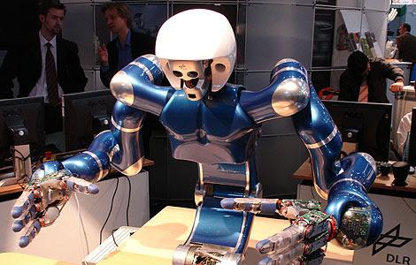 Justin, el robot desarrollado por DLR (Agencia espacial alemana). | PHRIENDS