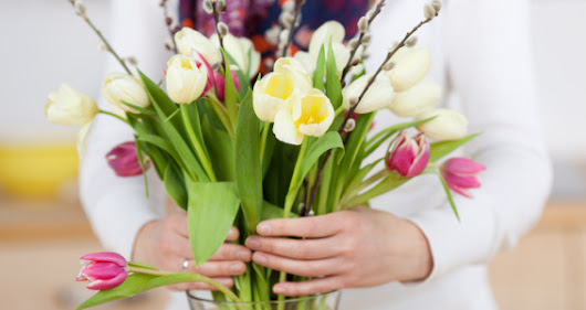 Tips for Long-Lasting Flower Arrangements