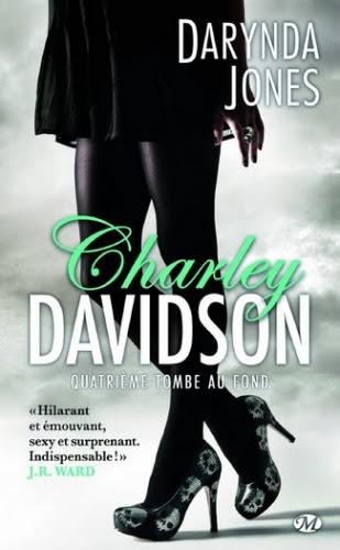 Couverture Charley Davidson, tome 04 : Quatrième tombe au fond