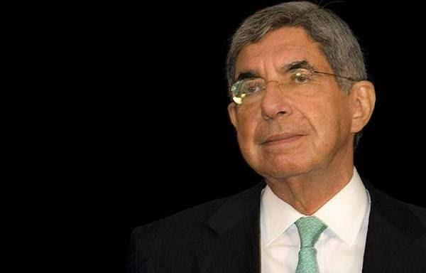 Oscar Arias: No hay conspiración extranjera que explique las colas