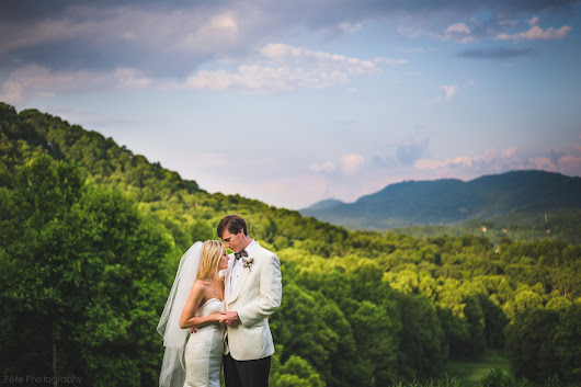 Laurel Ridge Country Club Wedding | Waynesville, NC