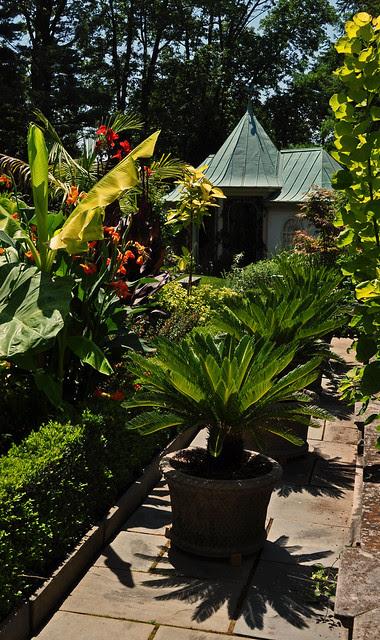 Chanticleer House Gardens (7)