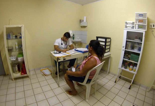 Bruno Caldas trabalha em São Miguel do Gostoso há 6 meses (Foto: Fernanda Zauli/G1)