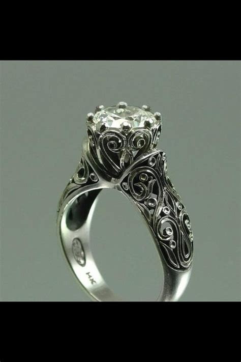 Antique Irish engagement ring   Irish Weddings ?