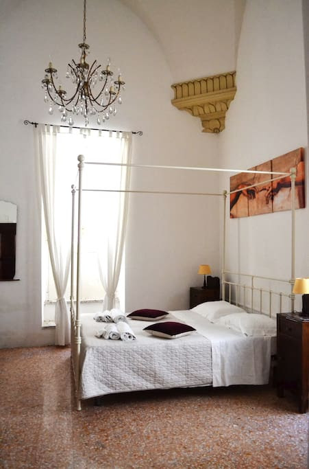 SALENTO GUESTHOUSE B&B SUITE 1 - Bed & Breakfast in affitto a Carpignano Salentino