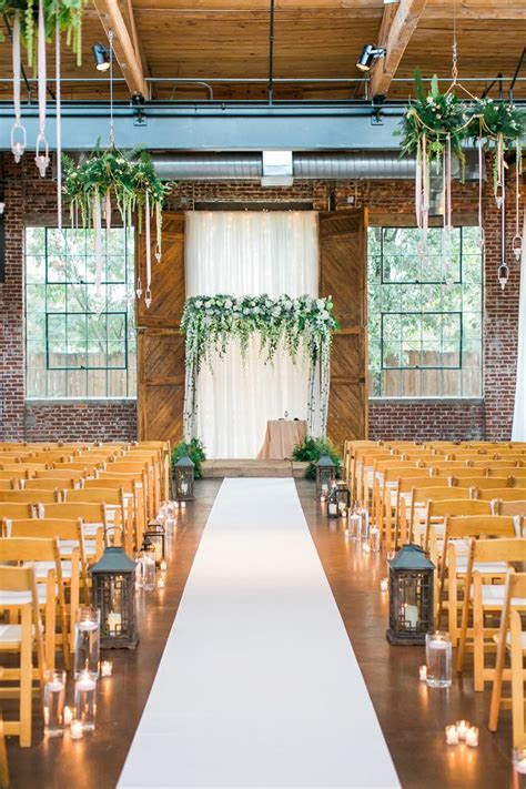 Best 25  Indoor ceremony ideas on Pinterest   Winter