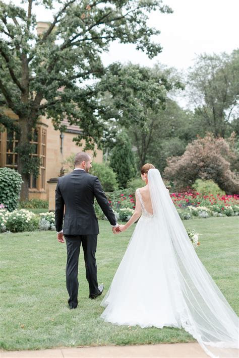 Matt & Molly   A Luxurious Garden Wedding at The Paine Art