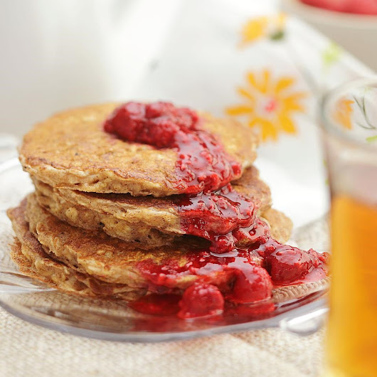 Buttermilk Oatcakes with Raspberry Compote Recipe