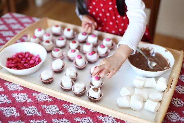 junior kindergarten class valentine treats