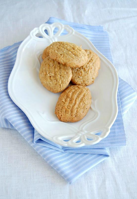 Brown sugar-coconut / Biscoitos de açúcar mascavo e coco