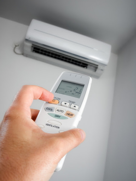 Ducts or Ductless? Choosing the Right HVAC System