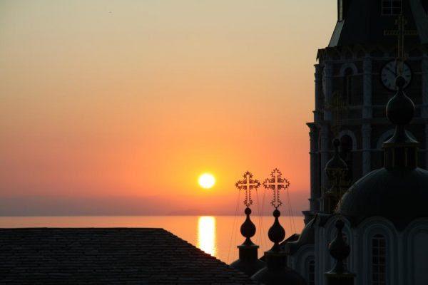 Image result for soare si viata manastire