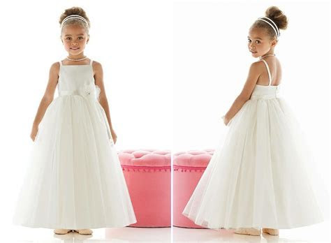 Nelly?s Bridal Boutique ? Features contemporary and