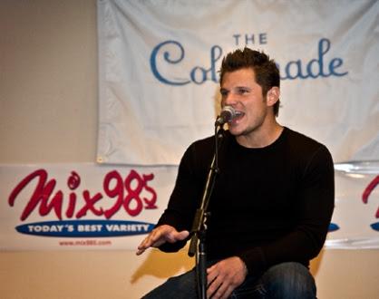 Nick Lachey Singing