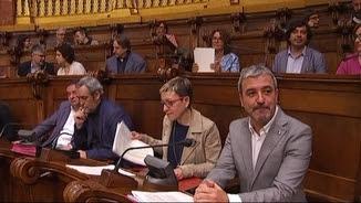 Jaume Collboni, ja des del seu seient com a segon tinent d'alcalde, durant el ple d'aquest divendres