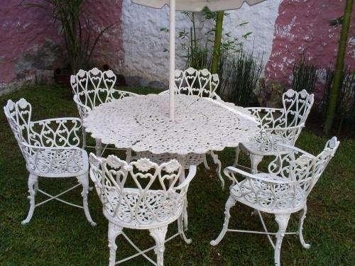 C mo decorar la casa juego de mesas y sillas para jardin for Mesa y sillones para jardin