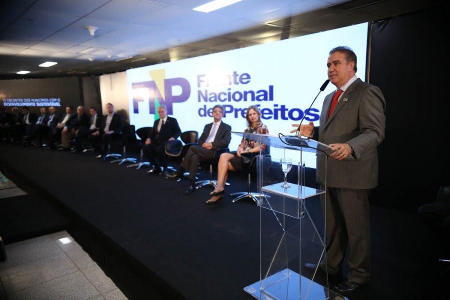 Resultado de imagem para nova diretoria da frente nacional de prefeitos