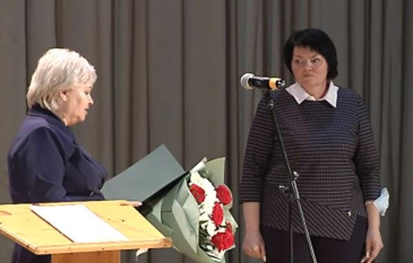 Светлана Леднева вступила на должность главы Зеленоборска на второй срок