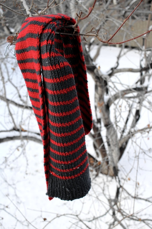 Free Pattern: The Melded Scarf