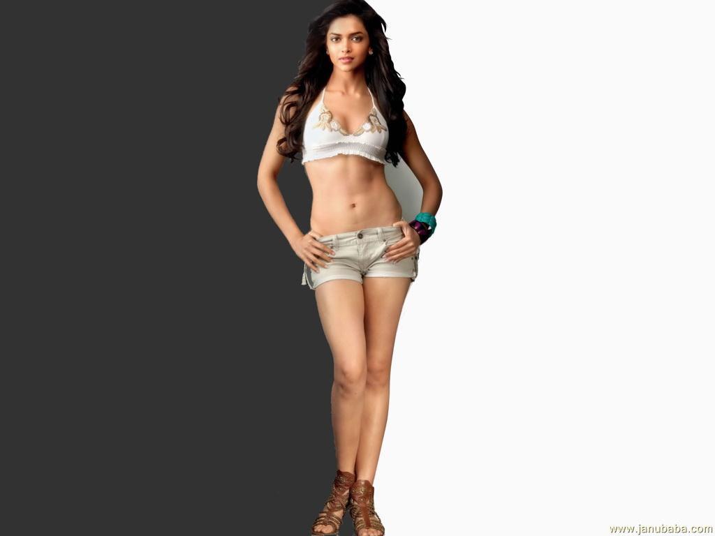 http://www.janubaba.com/Wallpapers/All_Categories/Bollywood/Deepika_Too_Hot_wdirt.jpg