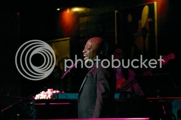 David Raleigh at The Cutting Room photo DRCuttingRm0016_zpsc42cd8c4.jpg