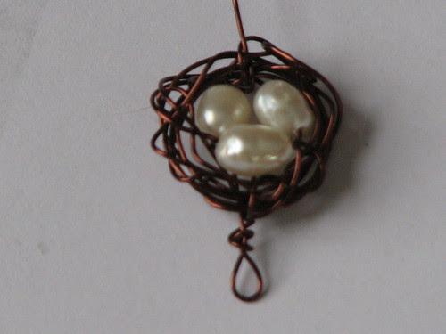 wire bird nest charm 7