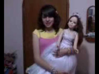 Muñeca mueve cabeza / Doll Moves By it Self