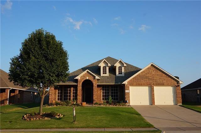 5759 Derek Way, Grand Prairie, TX 75052  Home For Sale and Real Estate Listing  realtor.com®