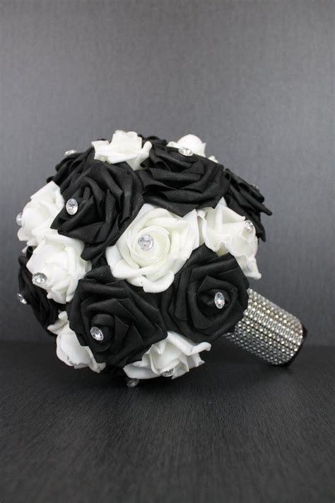 Best 25  Tropical wedding bouquets ideas on Pinterest