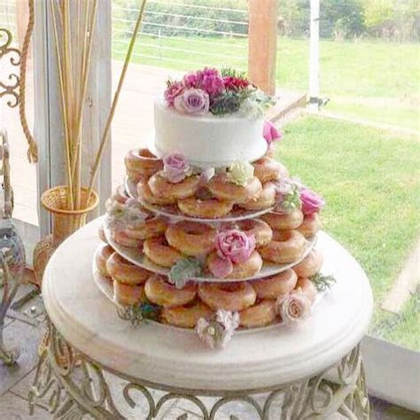 1000  ideas about Krispy Kreme Wedding Cake on Pinterest