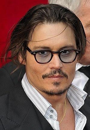 English: Johnny Depp during the Paris premiere...