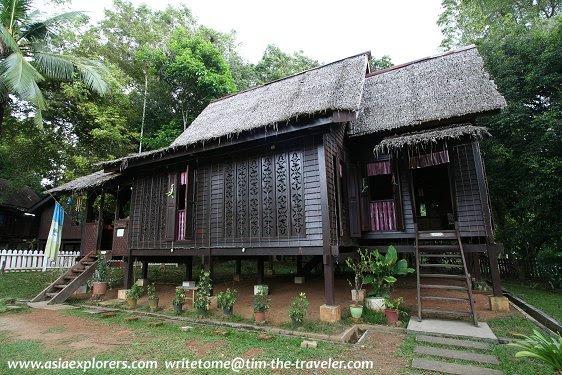 Rumah Kayu Lama Untuk Dijual Di Kedah Situs Properti Indonesia